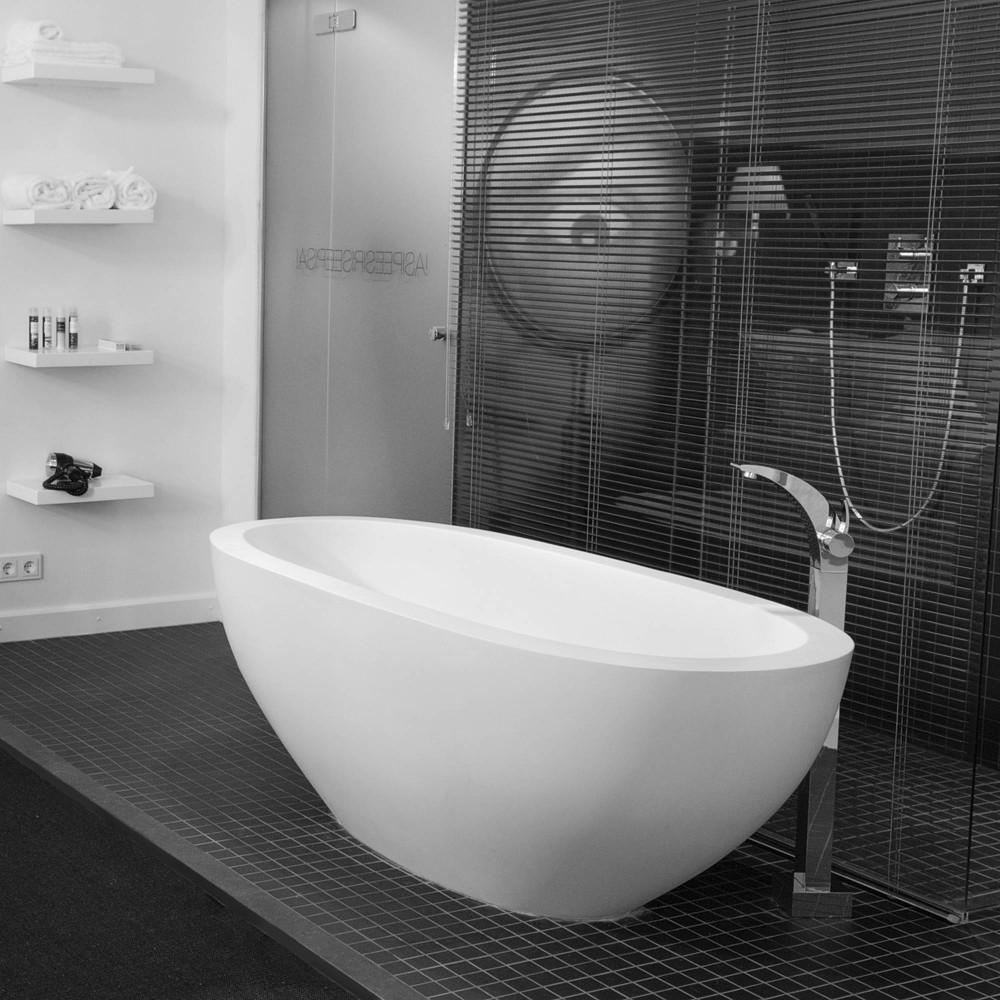 Baignoire en rsine simple acrylique rsine pierre - Repeindre une baignoire acrylique ...